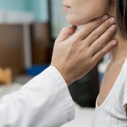 Θυρεοειδής: Τα συμπτώματα ενός  μικρού... μεγάλου αδένα